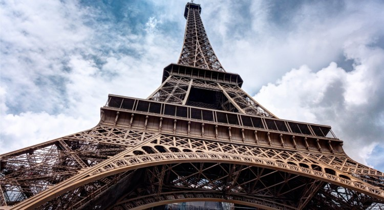Eiffel-Tower-pexels-photo-149522-3